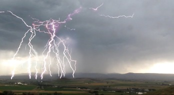 lightning-bolt-idaho