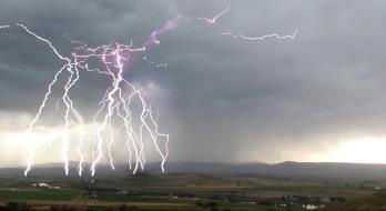lightning-bolt-idaho